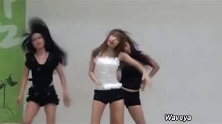 Реакция корейский школьников на танец