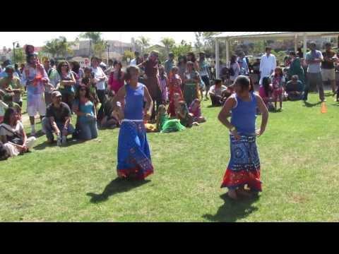Video Su Kare Che - The Bilz - CRY San Diego Holi download in MP3, 3GP, MP4, WEBM, AVI, FLV January 2017