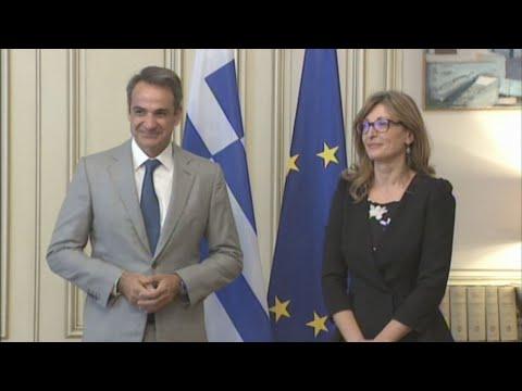 Συνάντηση του πρωθυπουργού με την ΥΠΕΞ της Βουλγαρίας