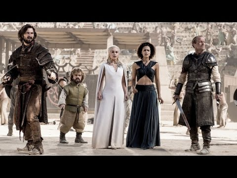 Game of Thrones: Seasons 4 & 5 Blooper Reel (Comic Con)