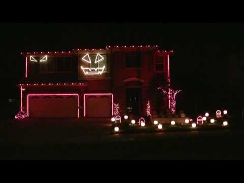 Halloween Light Show 2010 HD - Thriller ( Michael Jackson )