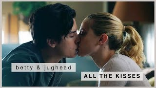 Download Video betty & jughead | all the kisses (s1-s3) MP3 3GP MP4