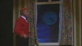 Video Andre van Duin Revue 1987: Hotel Bellevue MP3, 3GP, MP4, WEBM, AVI, FLV Mei 2017