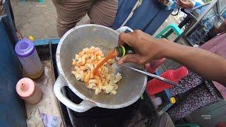 Video Greater Jakarta Street Food 1380 Part.1 MARKONAH Makaroni Kornet NgeunAH Warung Kaleng MP3, 3GP, MP4, WEBM, AVI, FLV Januari 2019