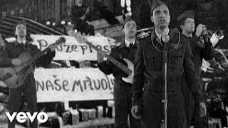Video Mig 21 - Vlajky vlají