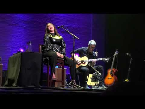 Alanis Morissette - Uninvited (Special Acoustic Performance on Apollo Theater 12-02-2019)