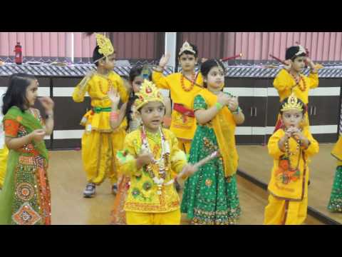 Video Maiya Yashoda Dance By Kids in krishna Radha Dress | Janmashthmi Dance for Kids download in MP3, 3GP, MP4, WEBM, AVI, FLV January 2017