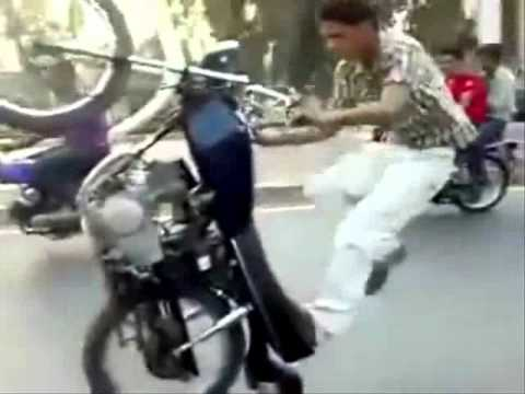 Video Super Bike Stunt From India download in MP3, 3GP, MP4, WEBM, AVI, FLV January 2017