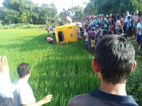(पथरीमा ४० जना बिद्यार्थी बोकेको बस  दुर्घटना - Duration: 2 minutes, 35 seconds.)