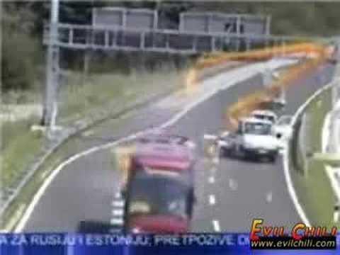bus vs. truck (crash)