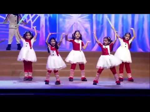 Aaradhya Bachchan's Dance Video At Her School's An