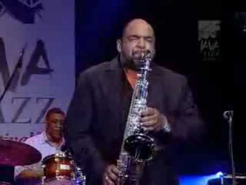 Albrigth - Gerald Albright at the Java Jazz Festival. I hope you like this as much as i do.