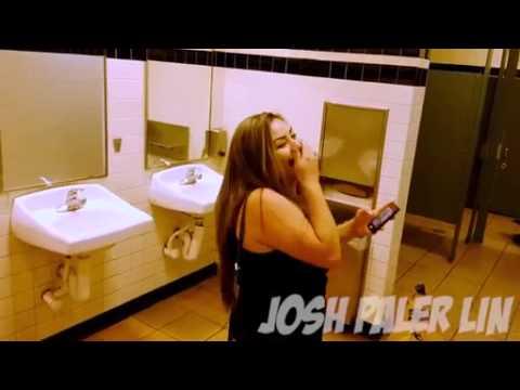 Общественный туалет женский видео
