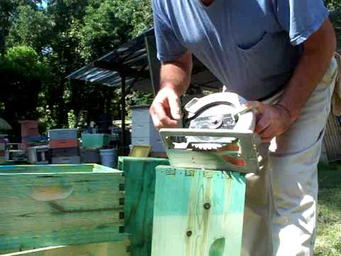 Beekeepers Beehive Hand Hold Improvement,Georgia Bees Beekeeping