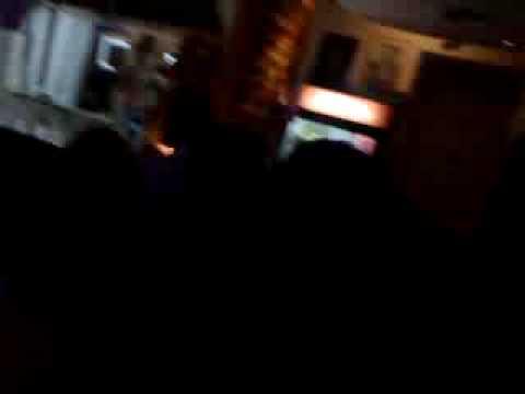 EN EL RINCON CUBANO (видео)