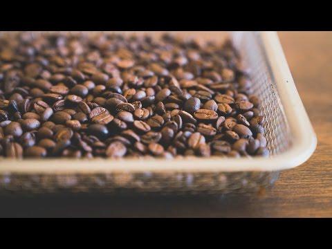 コーヒー豆を自家焙煎するよ! ☆ Roasting green coffee beans at home