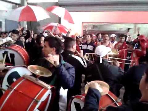 Previa vs Rafaela - La Banda del Rojo Ya Llegó.. - La Barra del Rojo - Independiente