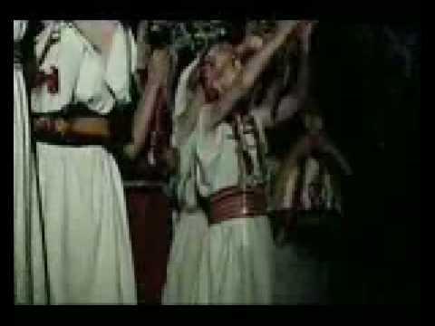 Le 'Dieu Anzar' des Berbères veut des chants, des danses et de la joie et non pas d'Oulémas incultes