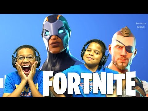 Fortnite Battle Royale Season 4 Search Rubber Duckies - Kids Playing Fortnite - Playing With SUBS