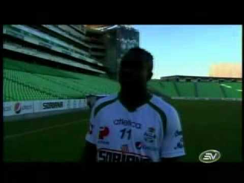 Reportaje a Christian Benítez en el Santos Laguna.