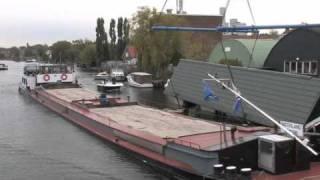 Video berging woonboot in Leiden MP3, 3GP, MP4, WEBM, AVI, FLV Oktober 2018