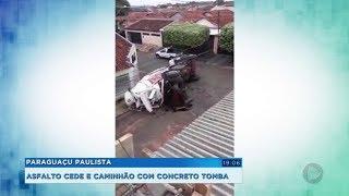 Asfalto cede e caminhão com concreto tomba em Paraguaçu Paulista
