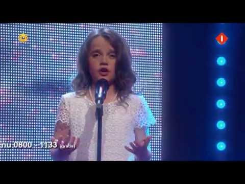 Amira Willighagen interviewed and sings for Unicef Action 16 july 2014