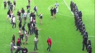 Download Video Nach dem Spielende: Eintracht Frankfurt-1860 München (29.04.2012) MP3 3GP MP4
