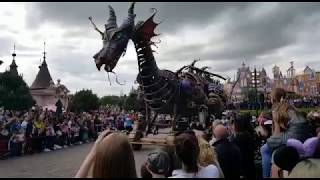 Dragón cabalgata Eurodisney