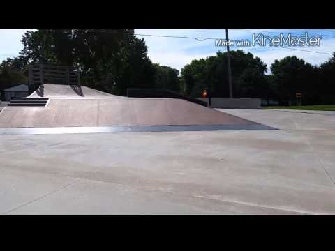 Rockford Illinois Skatepark Walk Through