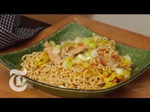 Japanese Dish: How to Make a Basic Yakisoba