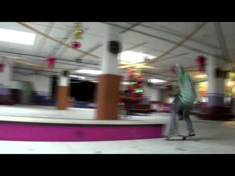 Transfer skateboards_ Rollerdrom winter 2012.MP4