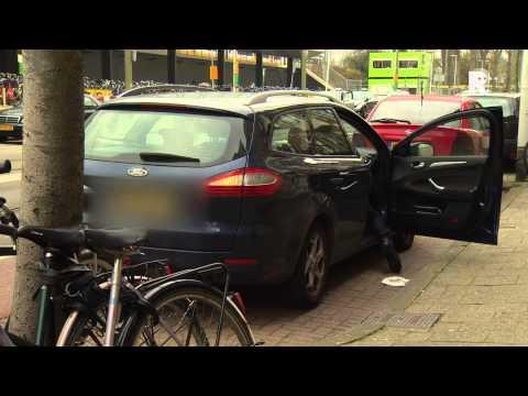 Taxichauffeurs roepen op tot een grootschalige demonstratie tegen Uberpop