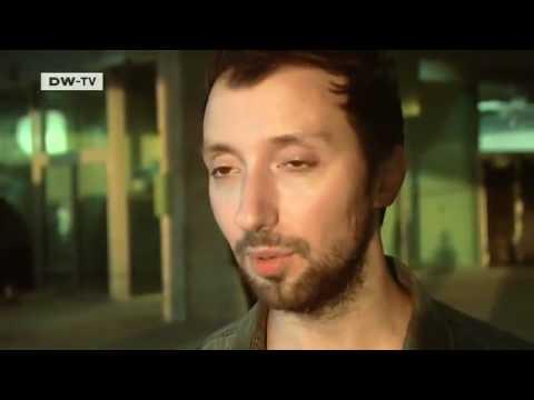 Anthony Vaccarello at the Paris Fashion Week | euromaxx видео