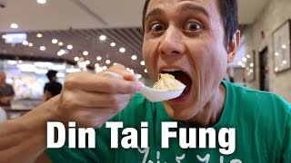 Din Tai Fung at Taipei 101, read my blog post: http://migrationology.com/2015/08/din-tai-fung-taipei-101/ One of the most famous...