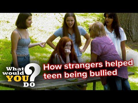 How strangers helped teen being bullied | WWYD