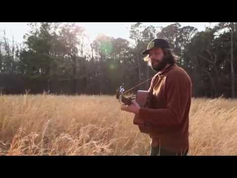 Rettinger - Live from a field in the NJ Pine Barrens, Dave Rettinger performs a song off his first EP from the Fall 2013. On Toward the Northern Sea is a hymn for lettin...
