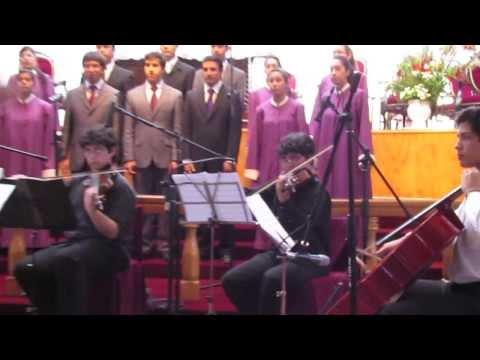 Ciudad Santa - La Ciudad Santa En el Marco de un homenaje al Superintendente de la IEP Pastor Eduardo Valencia Martinez, se conforma un coro, cuarteto de cuerdas y pianista...