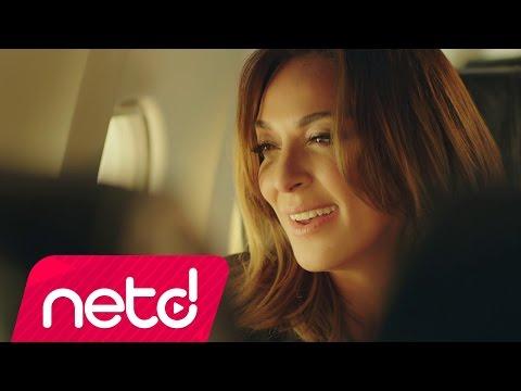 Bir Melekten Hediye feat Enbe orkestrası Video Klibi İzle