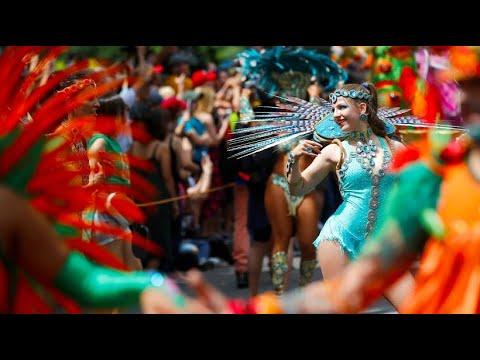 Karneval der Kulturen: Hunderttausende kamen, um zu f ...