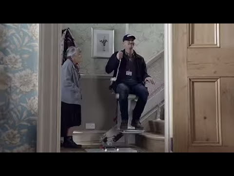 Crafty OAP catapults Gary Lineker out of the window in latest Walkers advert  video