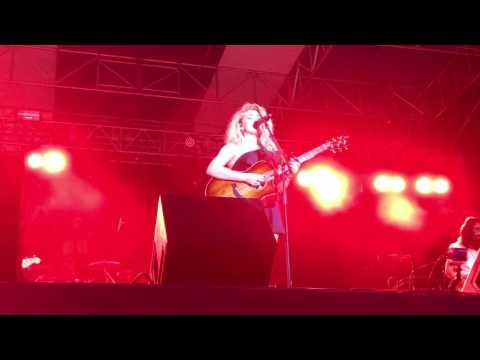 "Tori Kelly- ""All In My Head"" (Sunfest 5/6/17)"