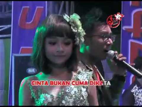 Download Lagu Tasya Rosmala Ft. Gery Mahesa - Tiada Kata Terucap [OFFICIAL] Music Video