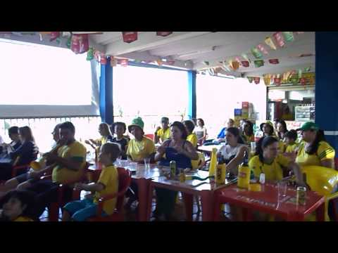 Jogo Brasil x Alemanha na Lanchonete
