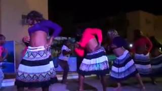 Funny fijian soldiers perform this Hindi hit Desi Girl.