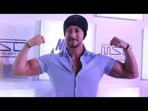 Myntra Sneaker Club Organise Pub Crawl With Tiger Shroff