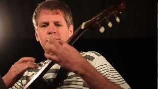 Film do artykułu: Brazylijski wirtuoz gitary...