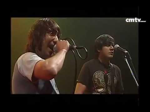 2 Minutos video Piñas van piñas vienen  - CM Vivo - Mayo 2009
