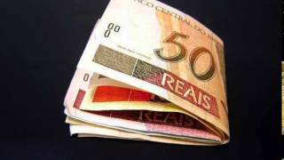 A Receita Federal deposita hoje (17), na rede bancária, os valores referentes ao terceiro lote de restituições do Imposto de Renda Pessoas Física 2015. No lo...