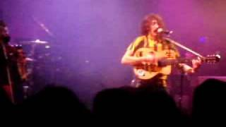 LIve in bordeaux the 15/12/08, sorry for the ugly sound, but i was to close of the backline!!!!